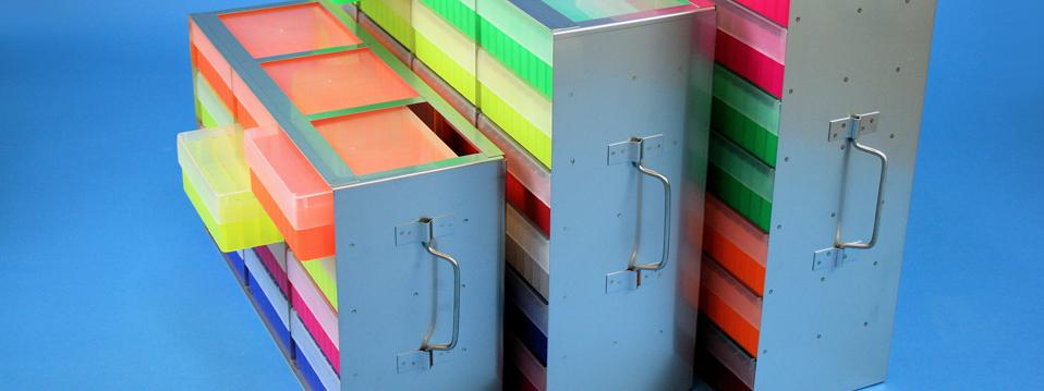 Online Shop / Bestellsystem, Kryo Boxen Karton, Kryo Boxen Kunststoff, Kryo-Truhengestelle, Kryo-Schrankgestelle, Kryo-Schrankeinschübe, Raster, Schrankkasten, Schrankeinsatz, Roehrchen, Mini Cooler